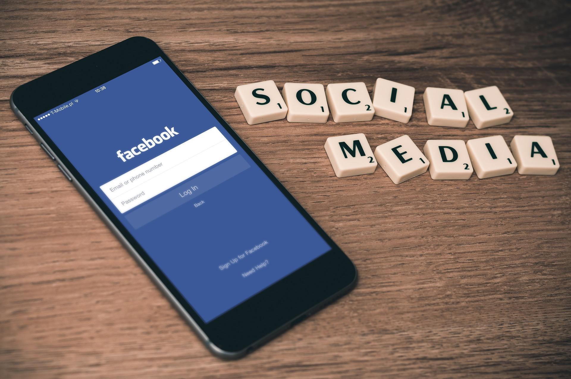 jak nauczyć się prowadzić fanpage na facebooku