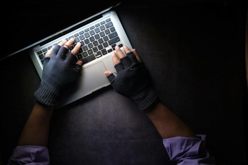 kim są złodzieje na fb